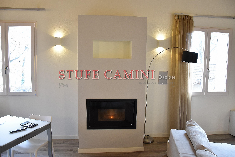 Inserti a pellet stufe camini design vendita stufe e - Stufe a pellet camino ...